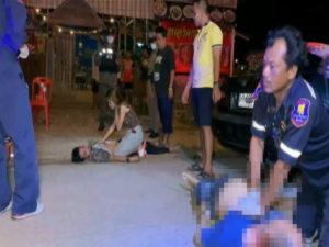 อาสาสมัครตำรวจพลเมืองดีลงไปช่วยกระบะพลิกคว่ำกลับถูกยิงตาย 1 เจ็บ 1